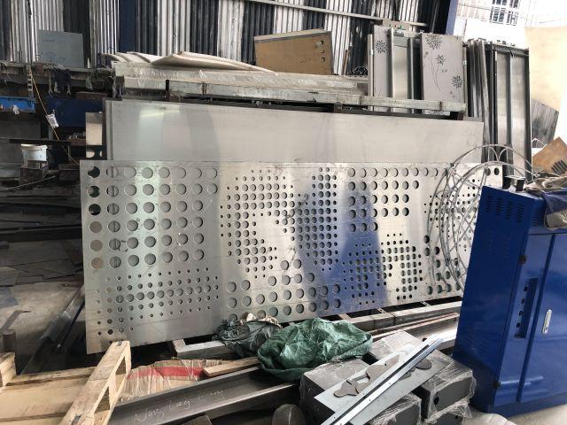 sản xuất tấm nhôm CNC
