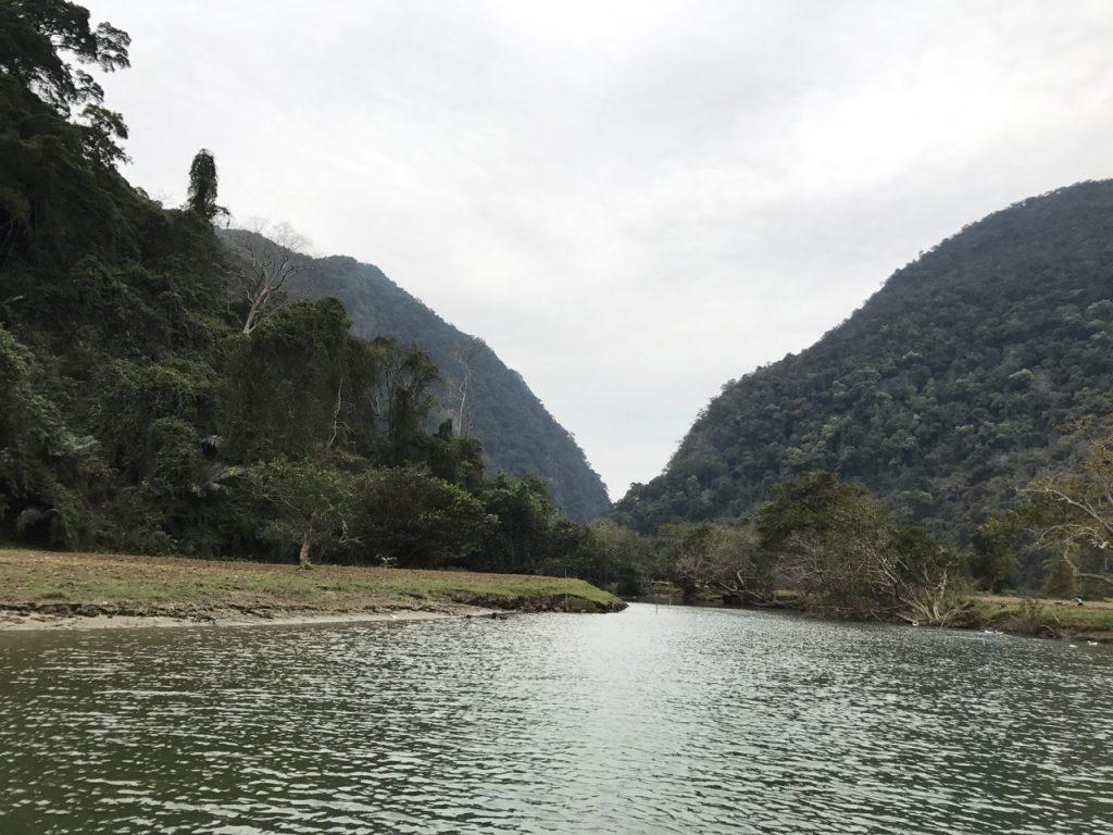 suối vùng cao