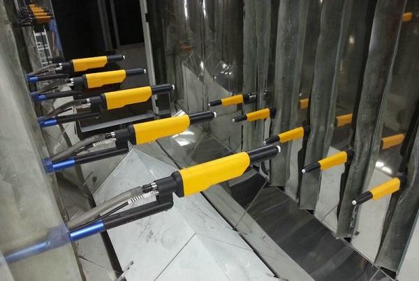 Buồng và súng sơn tĩnh điện